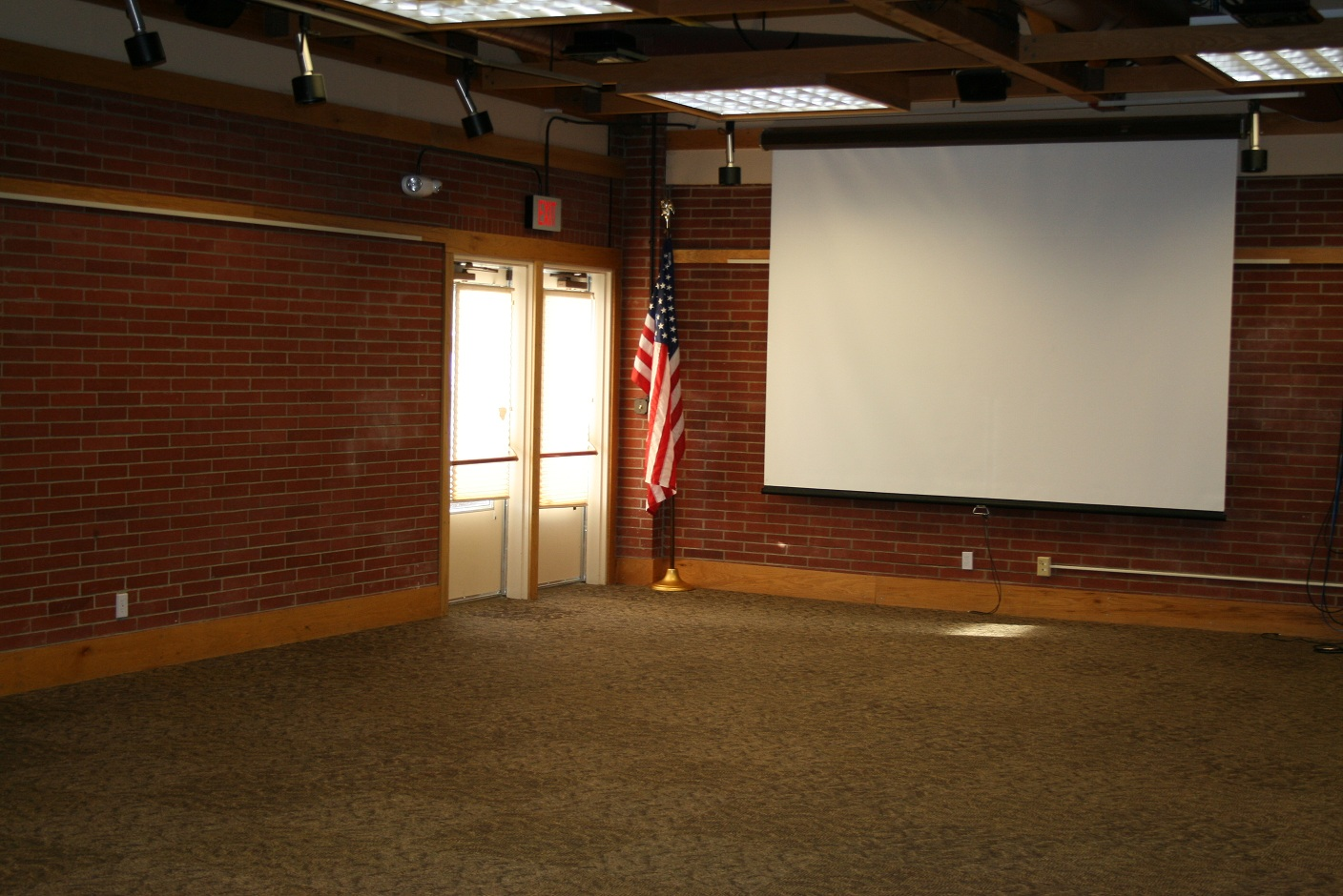 Large Meeting Room 2